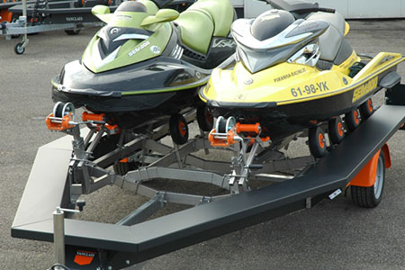Double Jetski auf Customshop Trailer